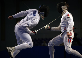 Hansen of the U.S. competes with Norway's Tarkovskij  in the men's individual epee preliminary round fencing event at the World Fencing Championship in Antalya, southern Turkey, October 1