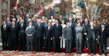 The Franco-German council of ministers is seen at the Elysee Palace in Paris April 26, 2005. German ..