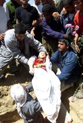 DEAD PALESTINIAN BABY IS BURIED IN RAFAH.