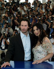"US ACTOR REEVES AND ITALIAN ACTRESS BELLUCCI PRESENT MOVIE ""THEMATRIX RELOADED"" AT 56TH ..."