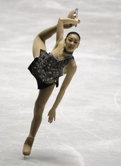 South Korea's Kim Yu-na performs during the ladies short program of the Grand Prix of Figure Skating Final in Tokyo