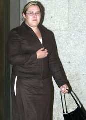 MARY NORMAN LEAVES THE OLD BAILEY AFTER GIVING EVIDENCE IN THE SOHAMTRIAL.