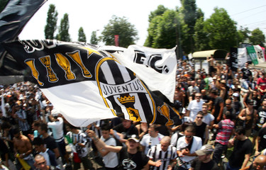 Juventus fans demonstrate in support of their team in Turin