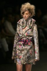 A model wears a creation from Kylzaribas's 2009 autumn/winter collection during the Fashion Rio Show in Rio de Janeiro