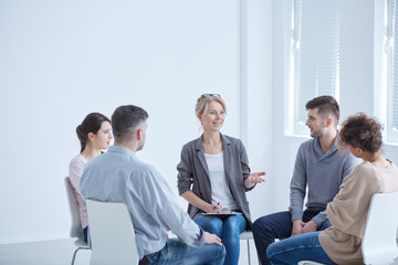 Psychotherapist and group
