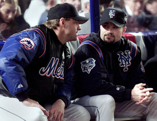 NEW YORK METS PITCHERS AL LEITER AND MIKE HAMPTON IN DUGOUT.