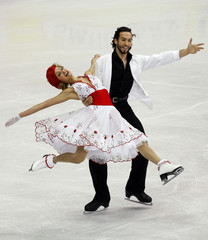 Belbin and Agosto of the U.S. perform during Ice Dance Original Dance portion of 2009 ISU World Figure Skating Championships