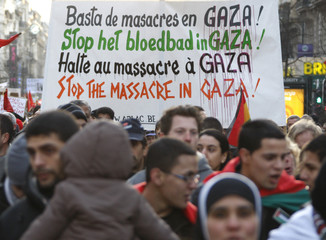 Pro-Palestinians demonstrate in central Brussels