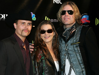 Big & Rich and Gretchen Wilson arrive at the Radio Music Awards in Las Vegas.
