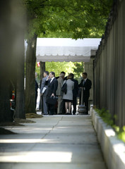 MEMBERS OF SEPTEMBER 11 COMMISSION ARRIVE AT WHITE HOUSE.