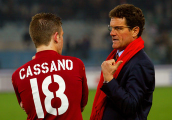 AS ROMA'S COACH CAPELLO AND CASSANO TALK DURING THE SUSPENSION OF THE SERIE A MATCH IN ROME.