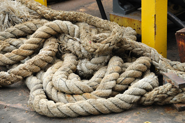 close up on the old boat rope