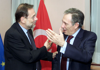 JAVIER SOLANA AND ISMAIL CEM AT EUROPEAN COUNCIL HEADQUARTERS IN BRUSSELS.
