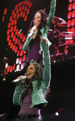 """Singer Alicia Keys performs during the Z100 """"Jingle Ball"""" concert at Madison Square Garden in New York"""