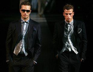 Models display creations as part of Giorgio Armani's Spring/Summer 2007 men's collection during Milan Fashion Week