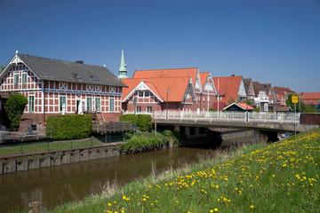 Sonniger Frühlingstag in Steinkirchen im Alten Land