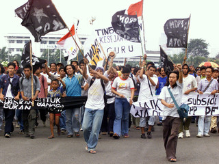 INDONESIAN STUDENTS ACTIVISTS PROTEST IN JAKARTA.