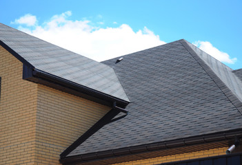 Asphalt shingles roofing construction, repair.  Problem Areas for House asphalt shingles Corner Roofing Construction Waterproofing. Rain gutter system.