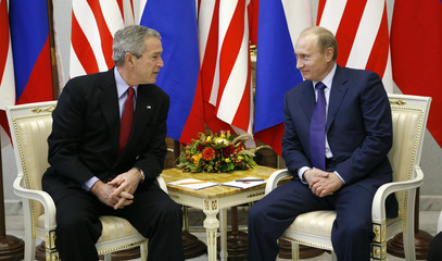 US President Bush meets with Russian President Vladimir Putin in Moscow