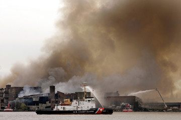Waterfront warehouse fire burns in Brooklyn section of New York City