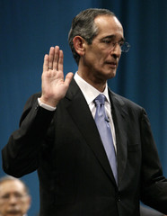 Guatemala's President Colom takes the oath of office in Guatemala City