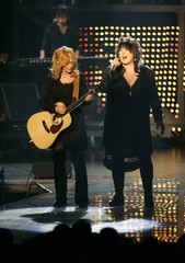 Sisters Nancy and Ann Wilson of the band Heart perform during the second annual VH1 Rock Honors concert at the Mandalay Bay Events Center in Las Vegas