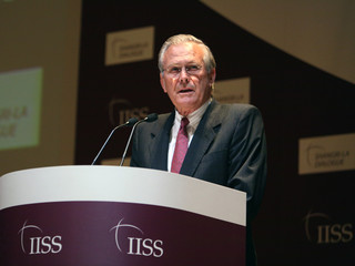 US Secretary of Defense Rumsfeld speaks in Singapore