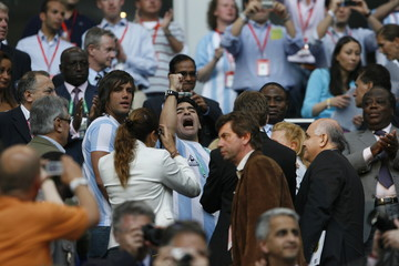 BEST QUALITY AVAILABLE    Maradona cheers before World Cup 2006 soccer match between Argentina and Ivory Coast in Hamburg