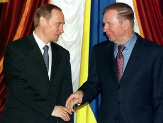 UKRAINIAN PRESIDENT KUCHMA AND RUSSIAN PRESIDENT-ELECT PUTIN.