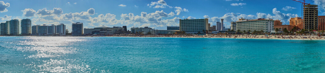 "Mexican Beaches in Cancun / Main beach at Hotel Zone of Cancun between ""Chac mool"" and ""Gaviota"""