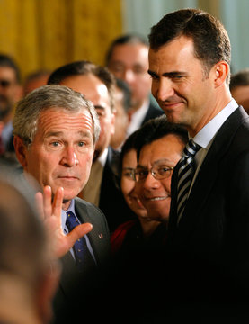 Crown Prince Felipe stands by President Bush at the White House