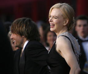 Australian singer Keith Urban and actress Nicole Kidman arrive at the 80th annual Academy Awards in Hollywood
