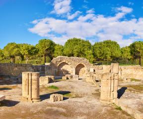 Fototapete - Ancient ruins at Ayia Kyriaki Chrysopolitissa church i Cyprus