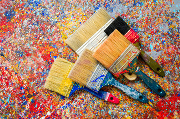 Brush for painting on the background of paint