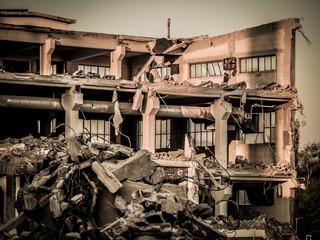 Altes Fabrikgebäude wird abgerissen