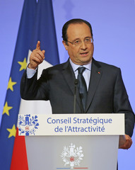 """French President Francois Hollande delivers his speech at the end of the """"Strategic Council for Attractiveness"""" meeting at the Elysee Palace in Paris"""