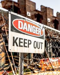Danger Keep Out Sign - Vertical