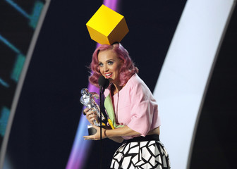 "Katy Perry accepts the award for video of the year for ""Firework"" at the 2011 MTV Video Music Awards in Los Angeles"