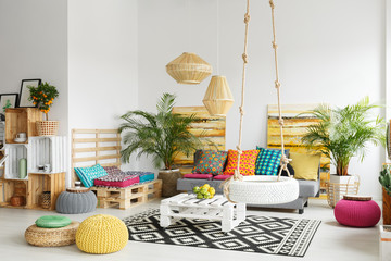 Retro room with pallet furniture