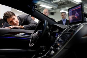 Canada's PM Trudeau tours BlackBerry QNX facility in Ottawa