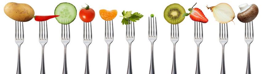 Owoce i warzywa na widelce, odizolowane