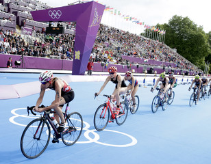 Nicola Spirig of Switzerland competes to win in the women's triathlon final during the London 2012 Olympic Games at Hyde Park
