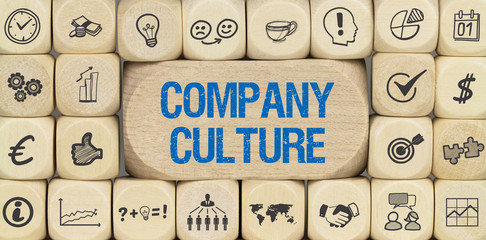 Company Culture / Würfel mit Symbole