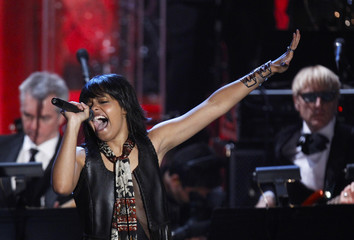 Musician Dobson performs during the 2010 Rock and Roll Hall of Fame induction ceremony in New York
