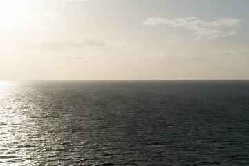 Sky, Horizon and deep sea
