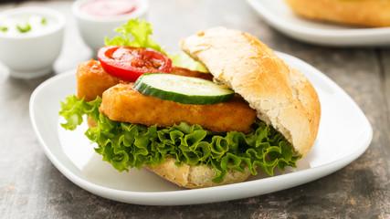 Fischfiletbrötchen - Fish filet burger