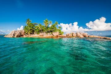 Tuinposter Eiland St. Pierre Island at Seychelles