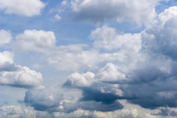 Riesige Wolkenformationen