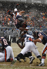 Bears' Forte goes up in the air but fails to score in their NFC Divisional NFL playoff football game against the Seahawks in Chicago
