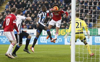 Newcastle United v Manchester United - Barclays Premier League